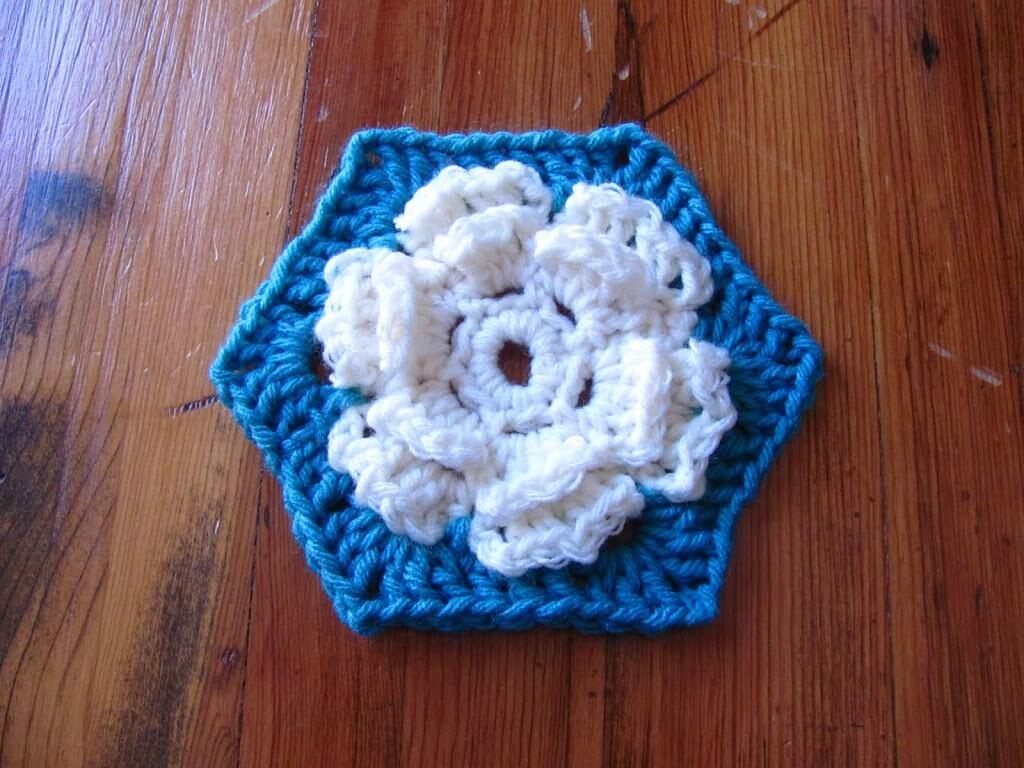 Flower Hexi Baby Afghan Pattern - Persia Lou