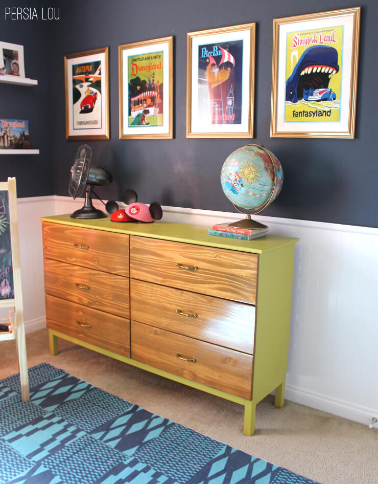 Small Shared Boy and Girl's Bedroom: Vintage Disneyland ...