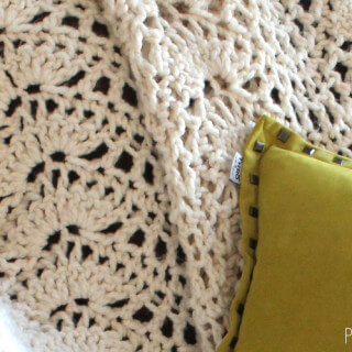 Chunky Feather and Fan Crochet Blanket: Free Pattern