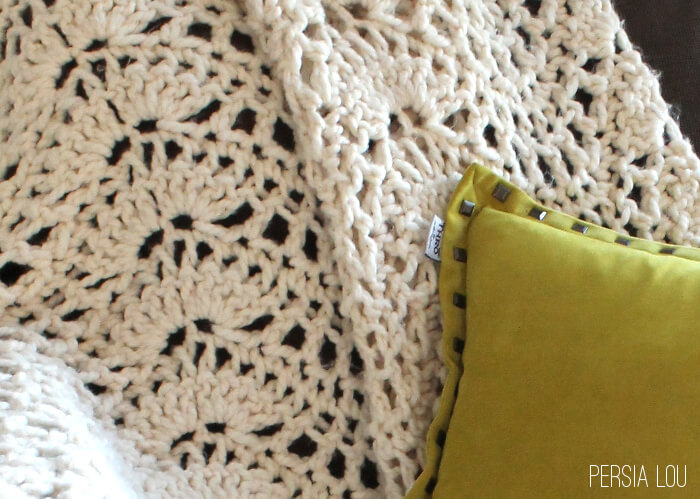 Crochet Stitches Chunky : Chunky Feather and Fan Crochet Blanket - free pattern includes chart ...