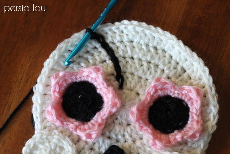Crochet Sugar Skull - Free Pattern - Persia Lou
