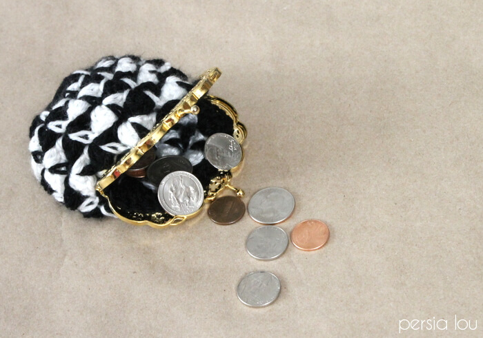 Crochet Coin Purse - free pattern