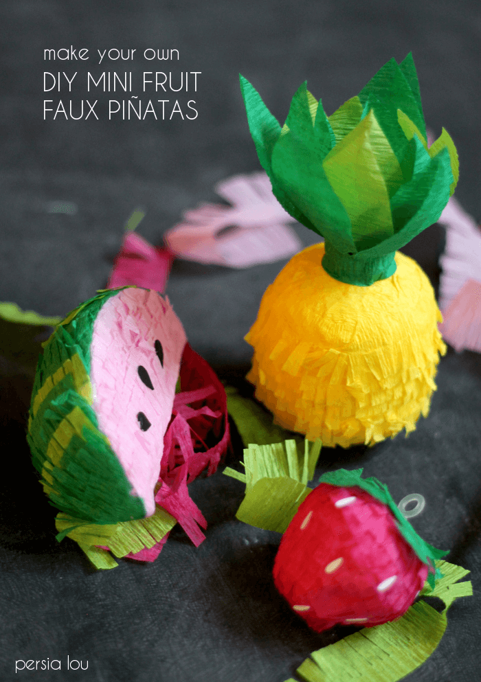 How to make a cute mini fruit garland with a pinata look