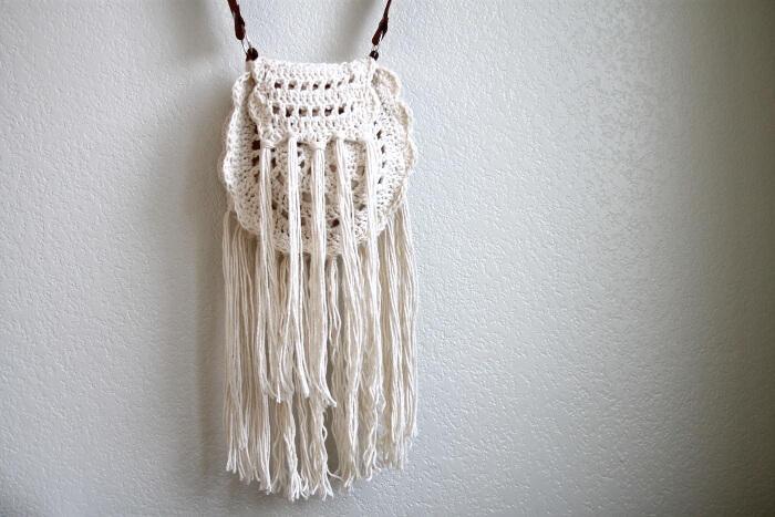 Boho Crochet Patterns : Boho Tassel Crochet Bag - Free Pattern - Persia Lou