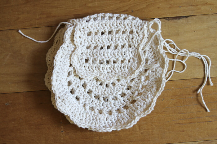 Crochet Tassel Bag : to make the lining of the bag use the bag