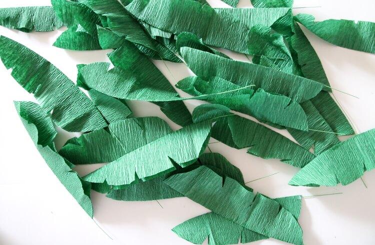 DIY crepe paper banana leaf wreath