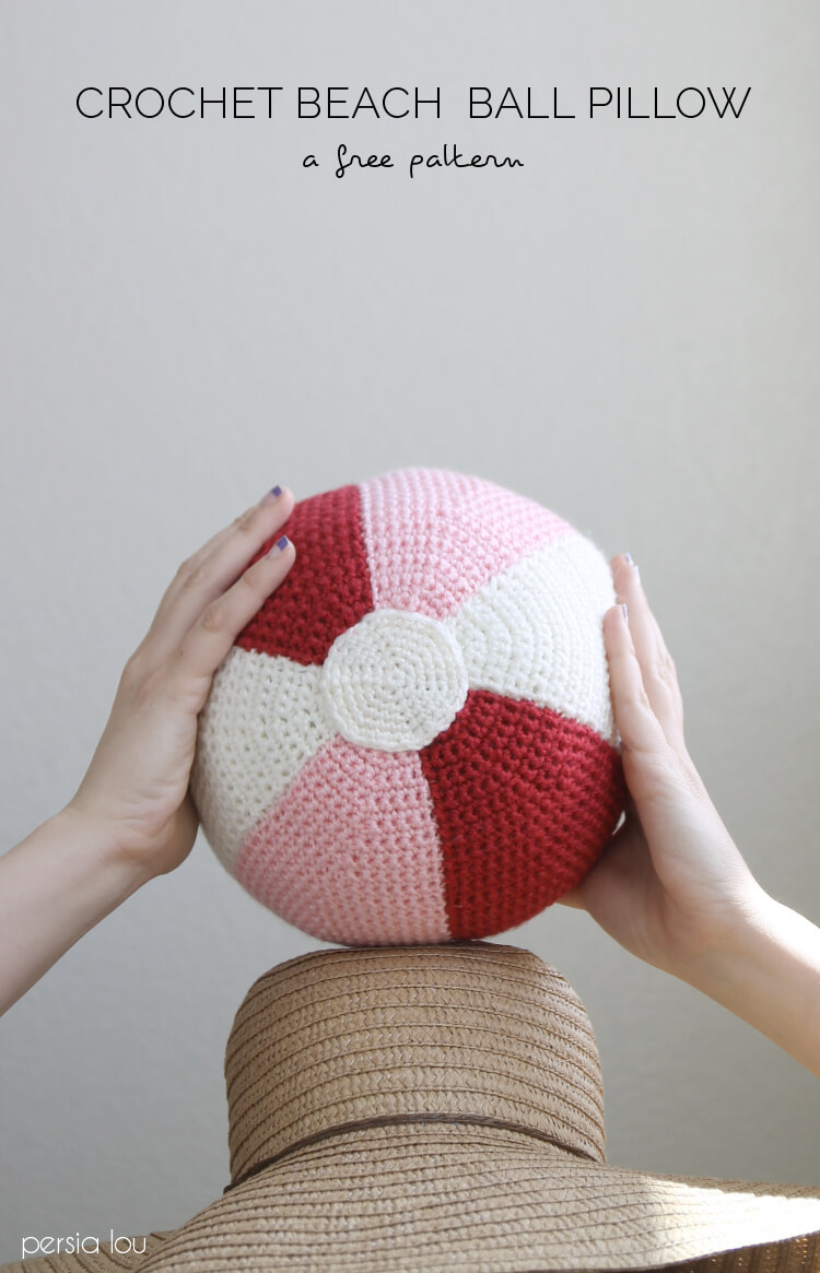 Free Crochet Ball Pattern - DIY Stuffed Beach Ball Pillow