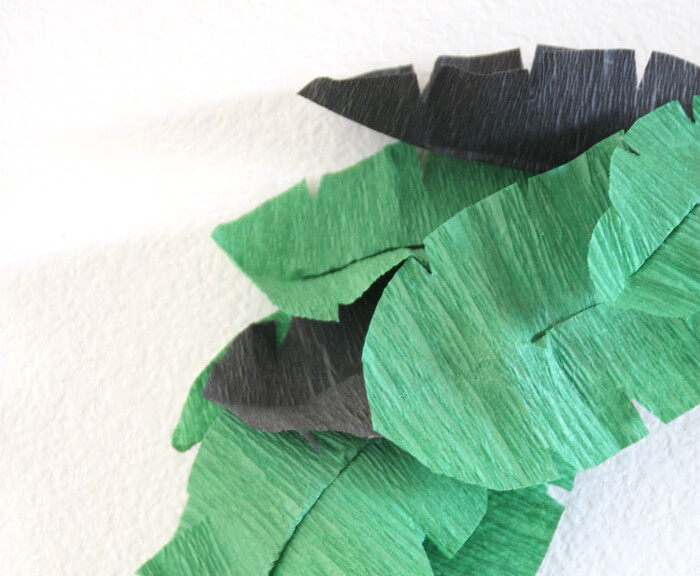 make your own banana leaves from crepe paper