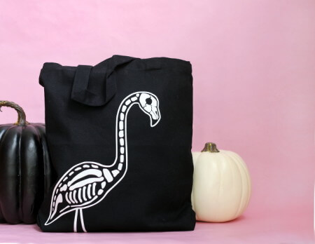 http://persialou.com/wp-content/uploads/2015/09/flamingo-skeleton-tote-450x348.jpg