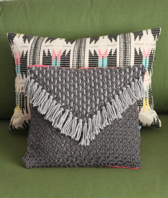 Woven Tassel Pillow - a free crochet pattern from www.persialou.com