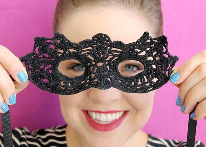 Crochet Masquerade Mask – Free Pattern