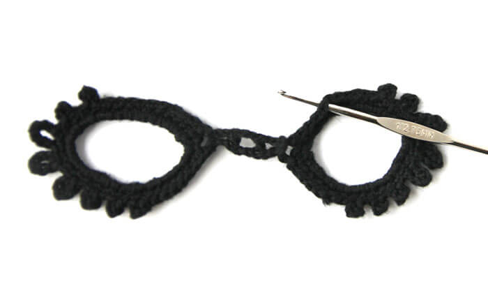 Crochet masquerade mask free pattern persia lou masquerade mask step three 1 pronofoot35fo Gallery