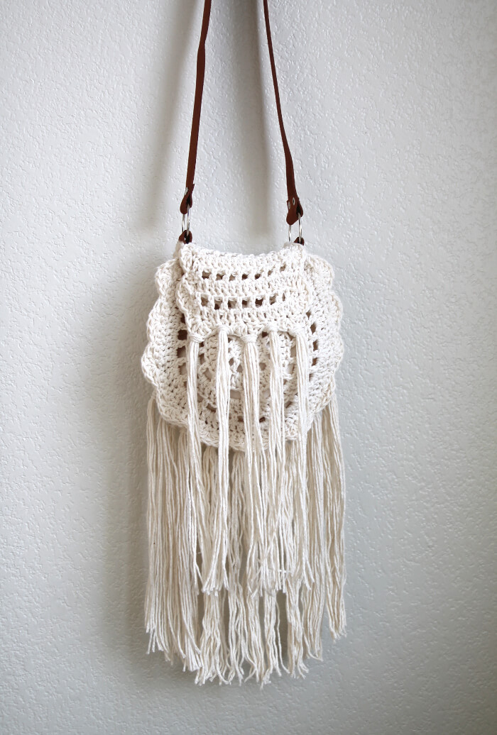 boho tassel crochet bag 1