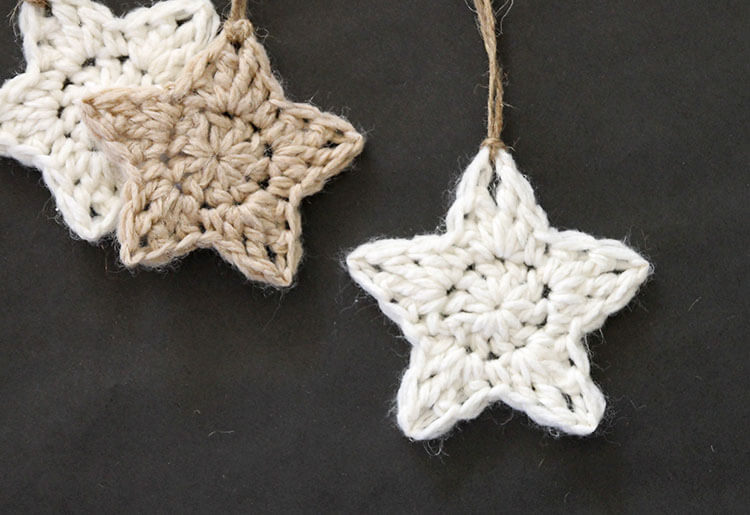 simple crochet star christmas ornaments free pattern