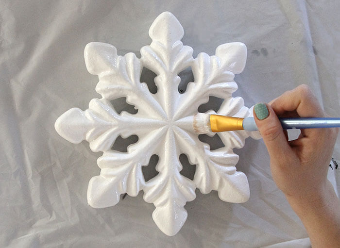 paint snowflake