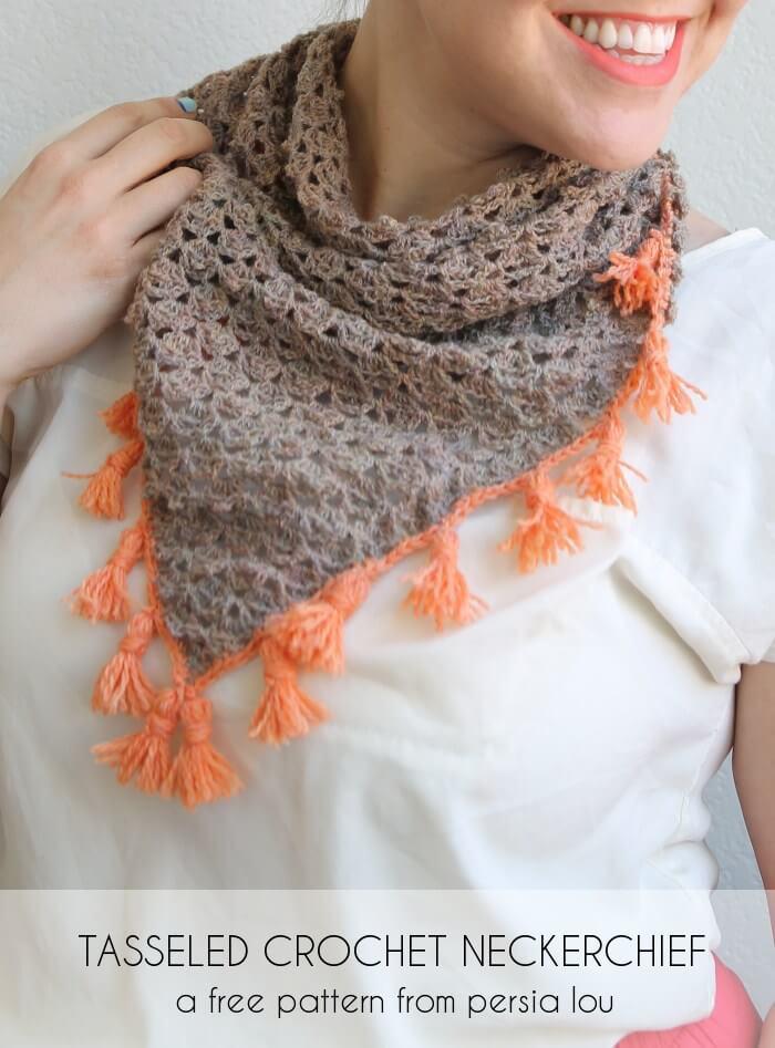 tasseled-crochet-neckerchief-5