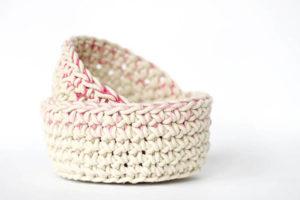 Color Block Crochet Baskets – Free Pattern