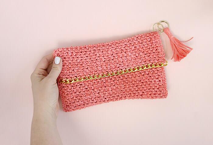 Chain Edge Raffia Crochet Clutch Pattern Love The Gold Detail