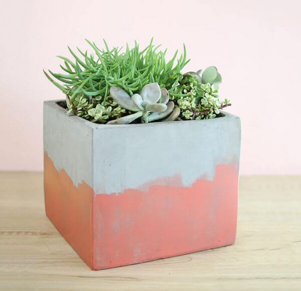 http://persialou.com/wp-content/uploads/2016/05/stained-concrete-planter-2-600x580.jpg