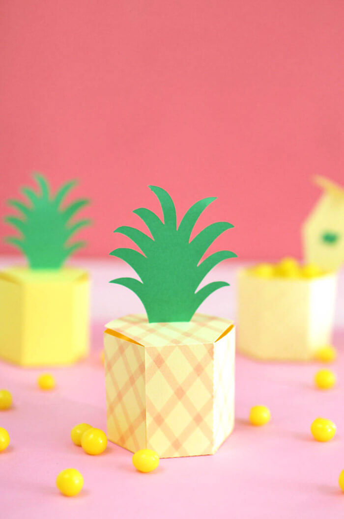 DIY Pineapple Box - make cute little paper boxes for holding small treats and other goodies. Easy to make with free template.