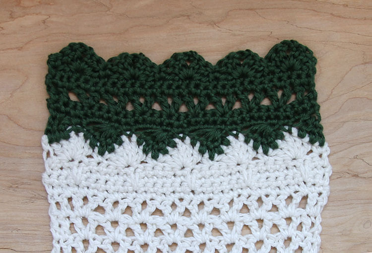 crochet wall hanging last section