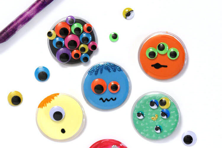 Monster Buttons – Kids Halloween Craft Idea