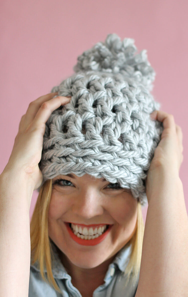 30 Minute Chunky Crochet Beanie on feather and fan pattern