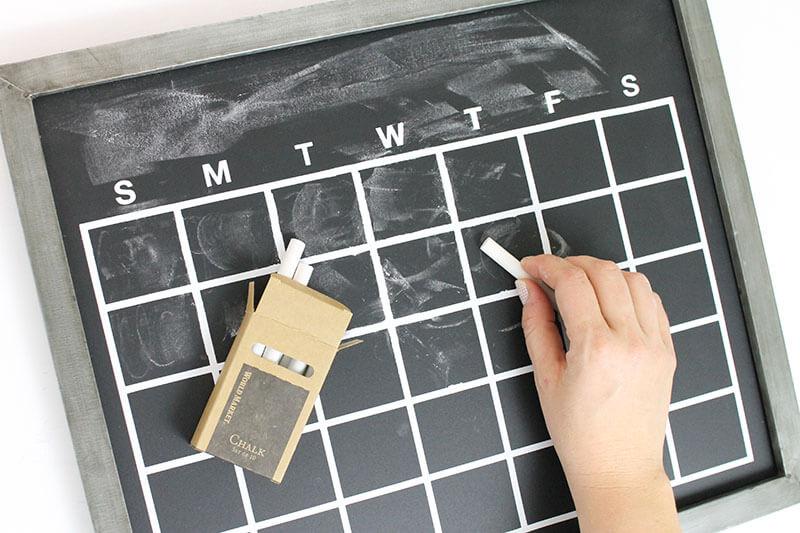chalkboard-calendar-step-3