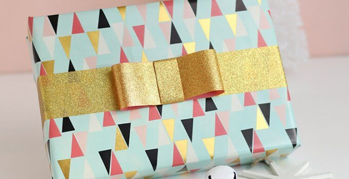 DIY Tape Bows – Glittery Gift Wrap Idea
