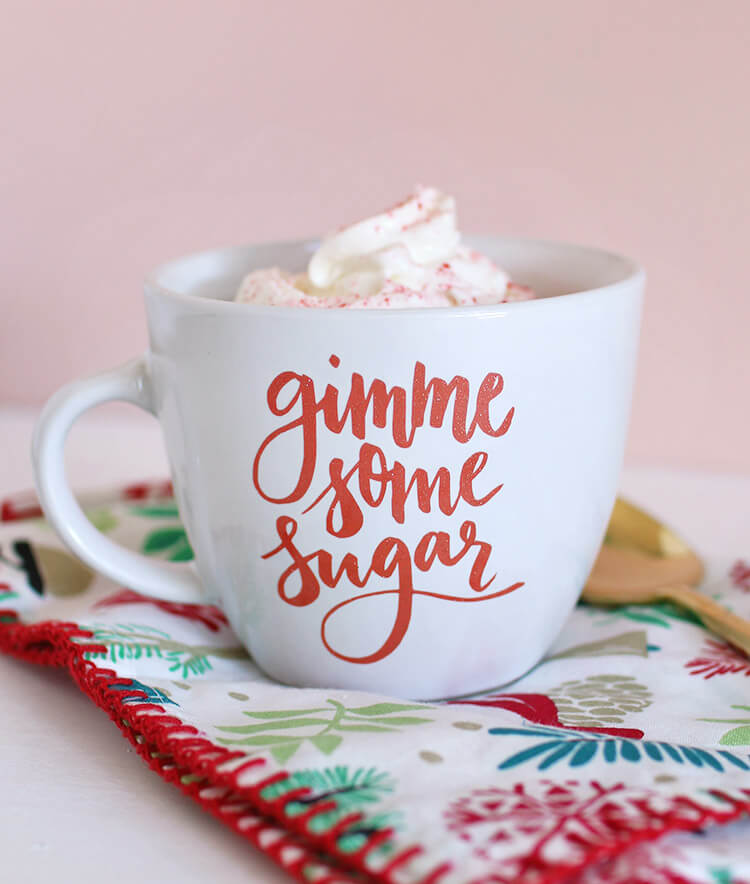 "Free svg and silhouette studio cut files - makes adorable ""gimme some sugar"" baking-themed gifts - DIY mug and DIY dish cloth"