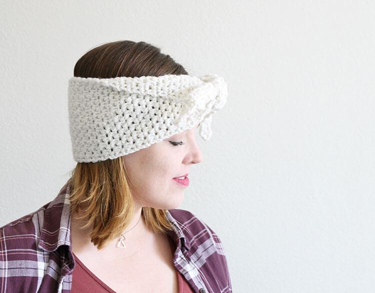 tie-front crochet headband pattern - free crochet pattern from persia lou