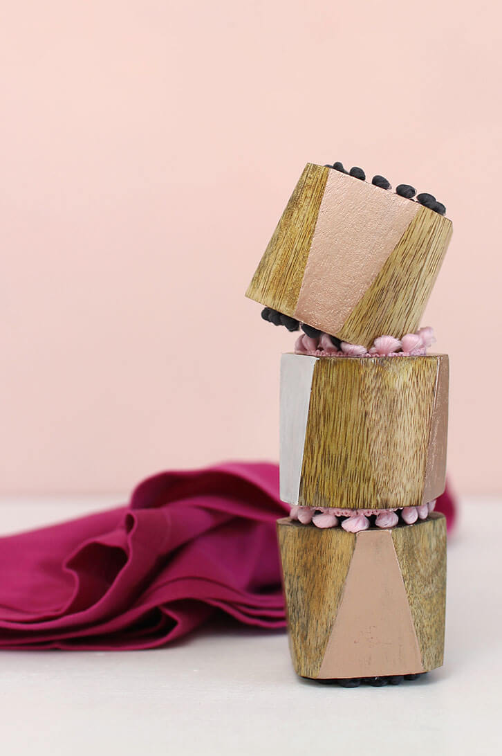 DIY metallic-pom-pom-napkin-rings