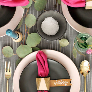 A Colorful Thanksgiving Table