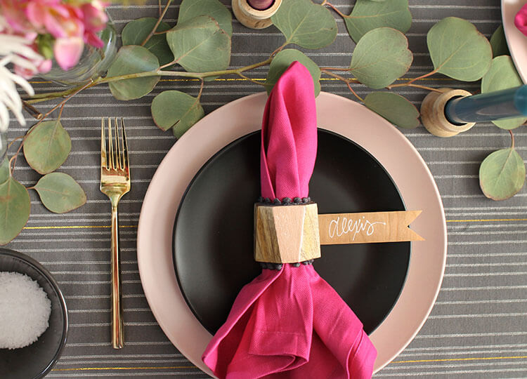 a colorful thanksgiving table - this tablescape uses lots of pinks, greens, metallics, and natural textures for a bright and beautiful celebration