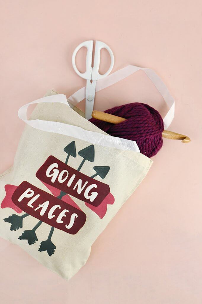 "DIY tote bag - learn how to make your own ""going places"" tote - free downloadable design"
