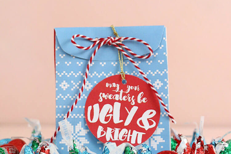 Christmas Sweater Treat Box – Free Printable