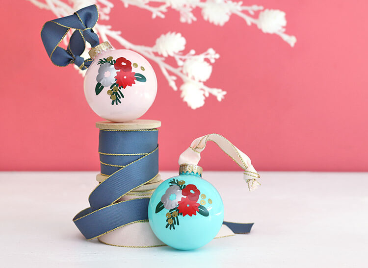 winter-floral-ornaments3