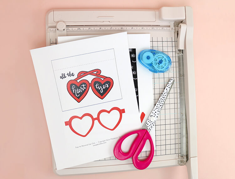 printable valentine cards - supplies