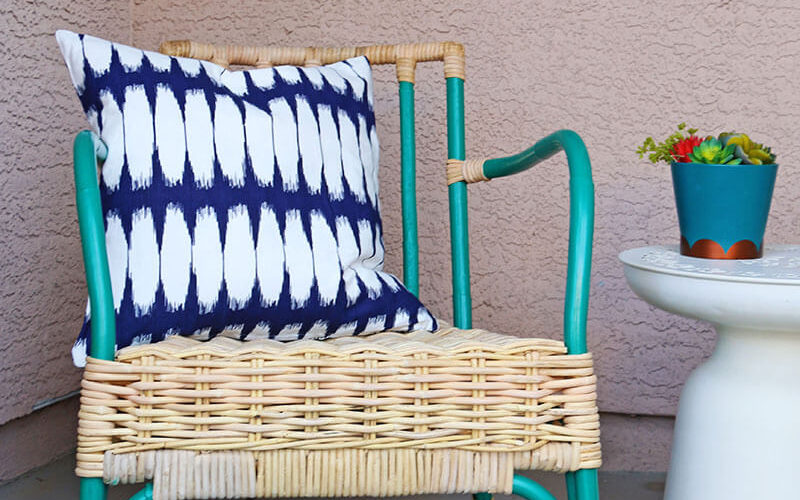 Simple Patio Chair Upgrade – Painted Rattan Chairs