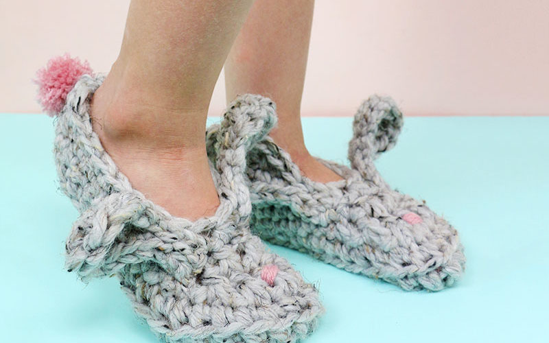 Crochet Bunny Slippers – Free Pattern and Video Tutorial