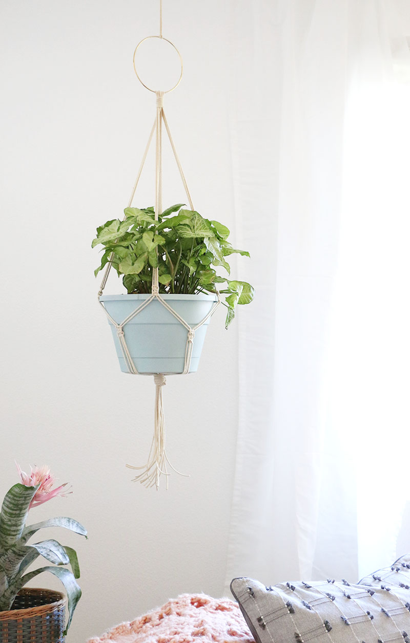 how to make a macrame plant hanger simple diy macrame plant hanger lou 437
