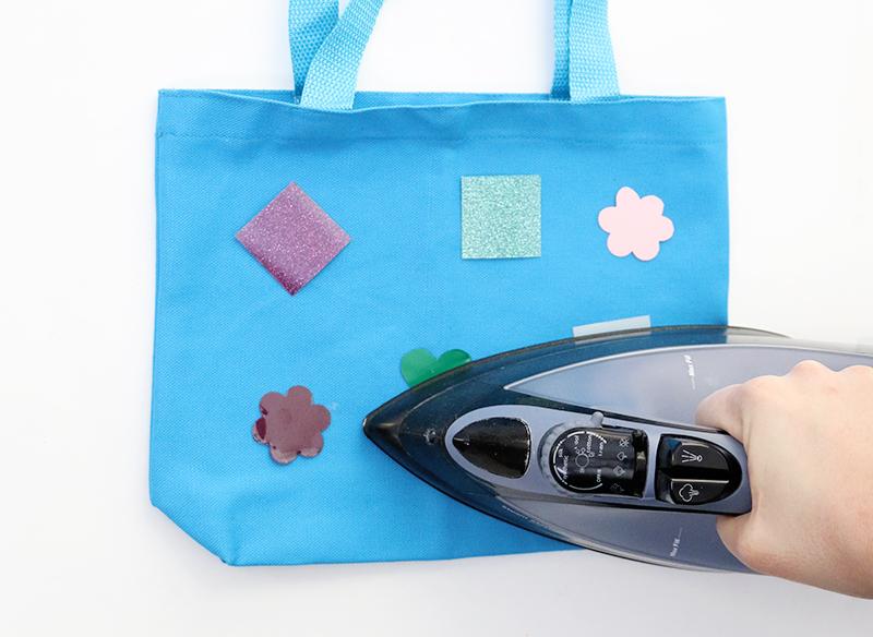 iron HTV - tote bag craft