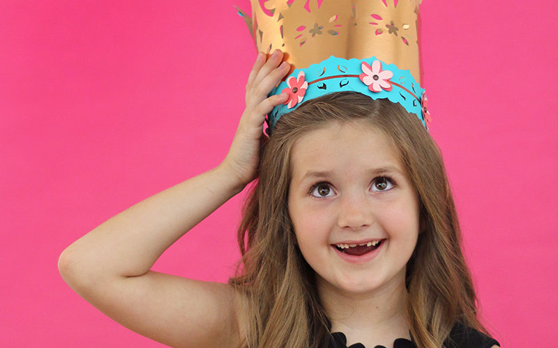Ideas for Celebrating Kids' Birthdays: DIY Paper Crowns