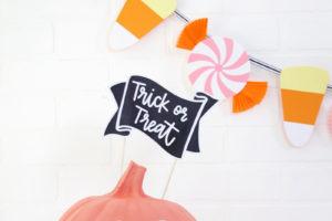 DIY Pumpkin Candy Bowl & DIY Halloween Candy Banner