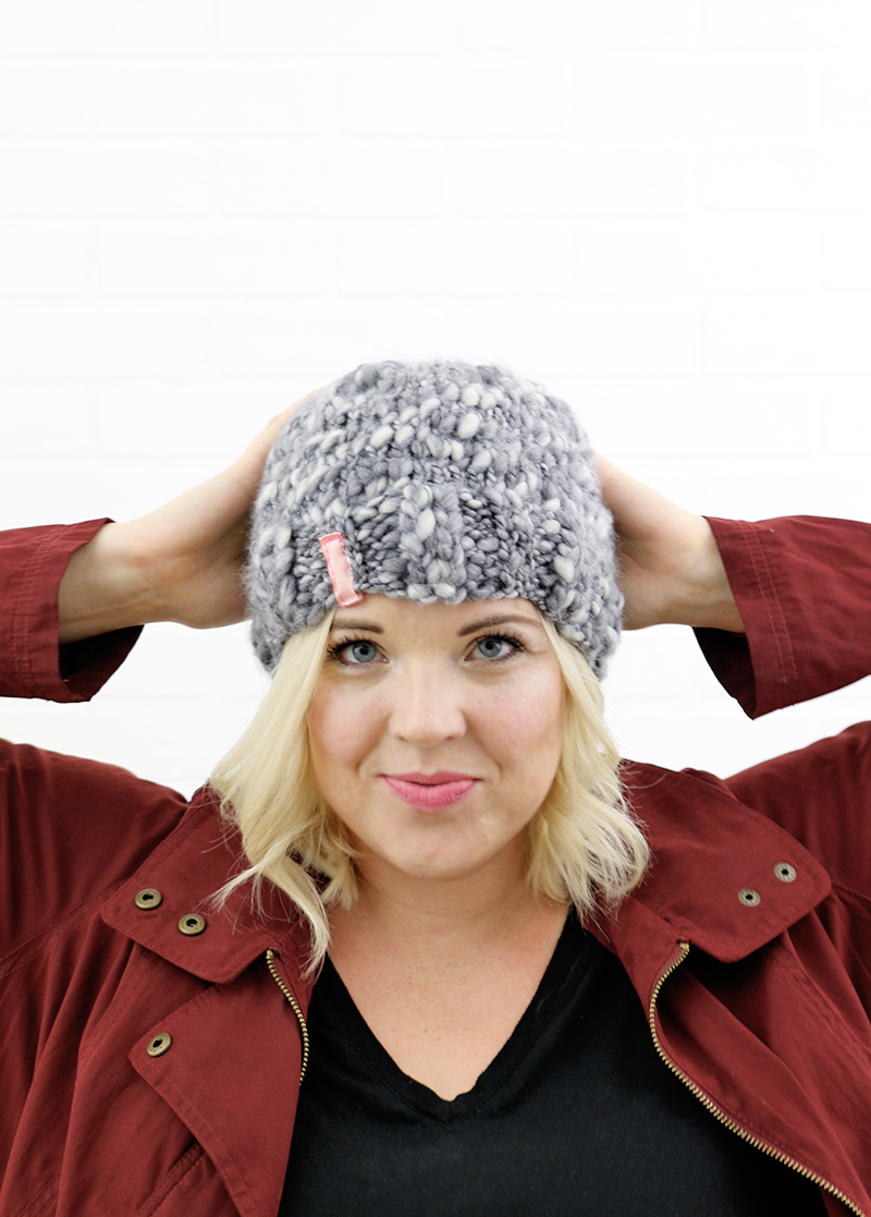 simple thick and thin knit hat - free pattern perfect for beginners