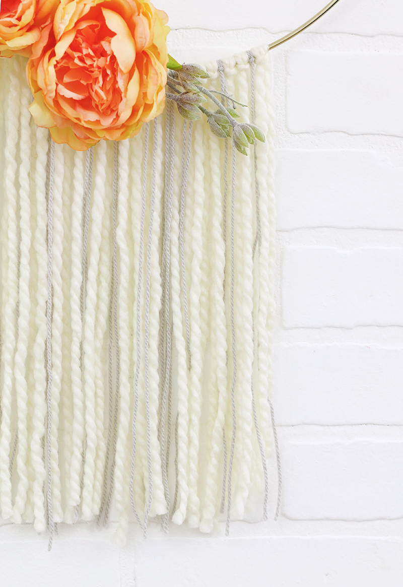 diy moder fall wreath detail - make your own pretty fall hoop wreath