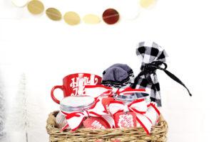 A Cozy Christmas – A Christmas Gift Basket Idea