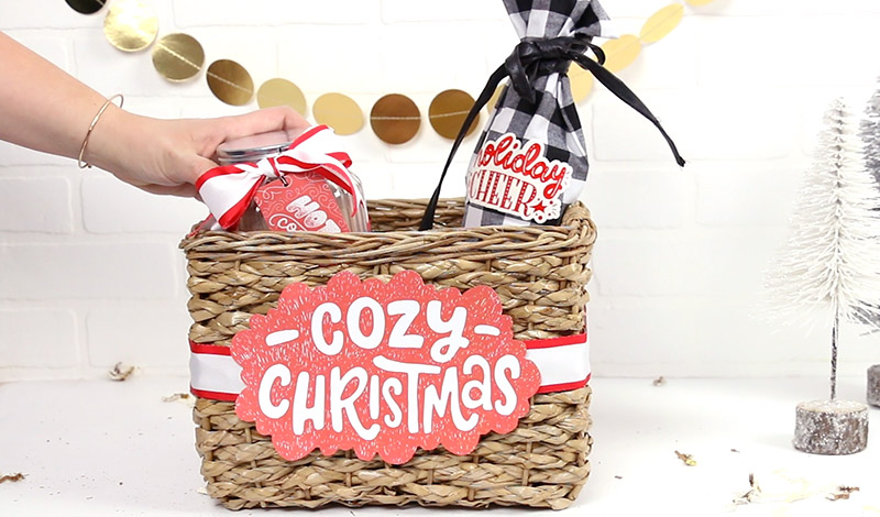 fill christmas gift basket