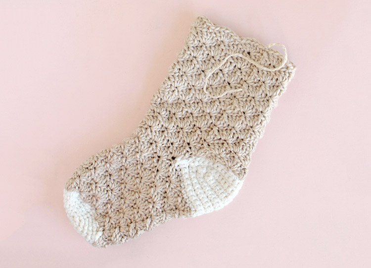 crochet stocking - finished leg
