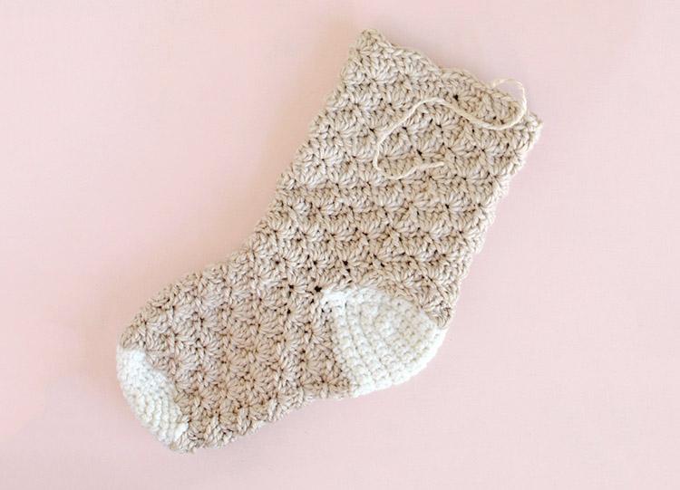 crochet stocking - finished leg